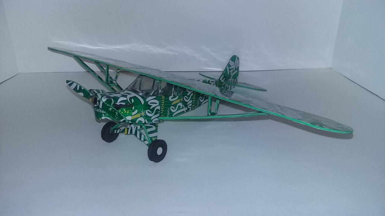 Pop can airplane Piper Cub
