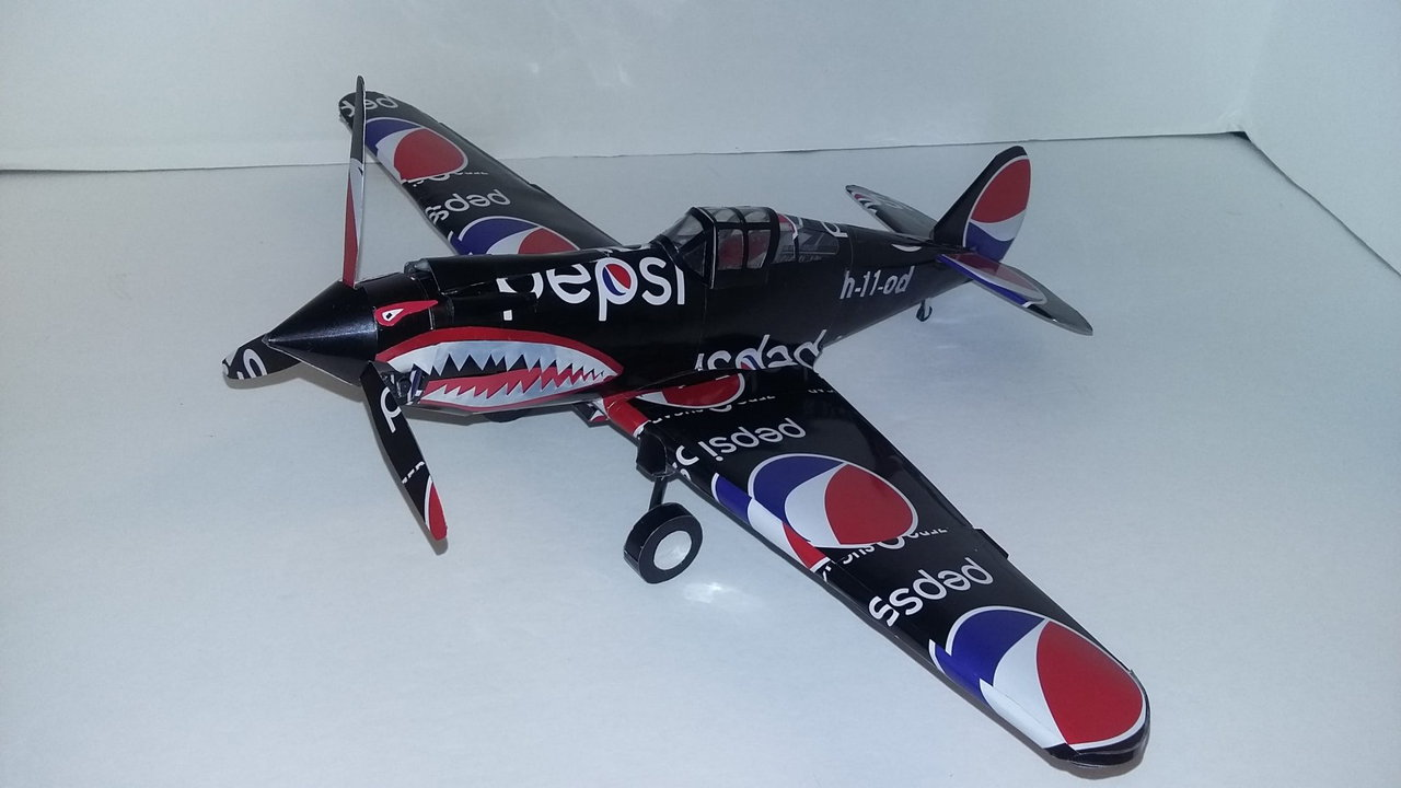 Pop can airplane P-40 Warhawk